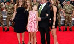 Sylvester Stallone és családja, végre együtt a család, ritka pillanatok egyike