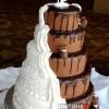 Fantasztikus csavar egy esküvői tortán