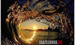 Néhány elképesztően szép hullám