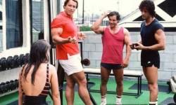 Retró edzéspillanat Arnold Schwarzeneggerrel és Sylvester Stallonéval