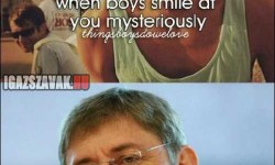 Amikor a pasi titokzatosan mosolyog