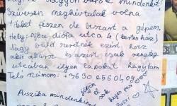 Egy 16 éves szőke lány szülinapi meghívója