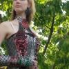 Hihetetlen ruha nyitófülekből