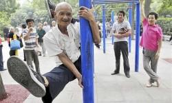 Csak egy 77 éves bácsi, ez teljesen hihetetlen dolog