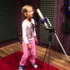 5 éves orosz kislány d&b-re énekel!