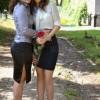 Szerinted milyen kapcsolatban áll a két lány egymással?