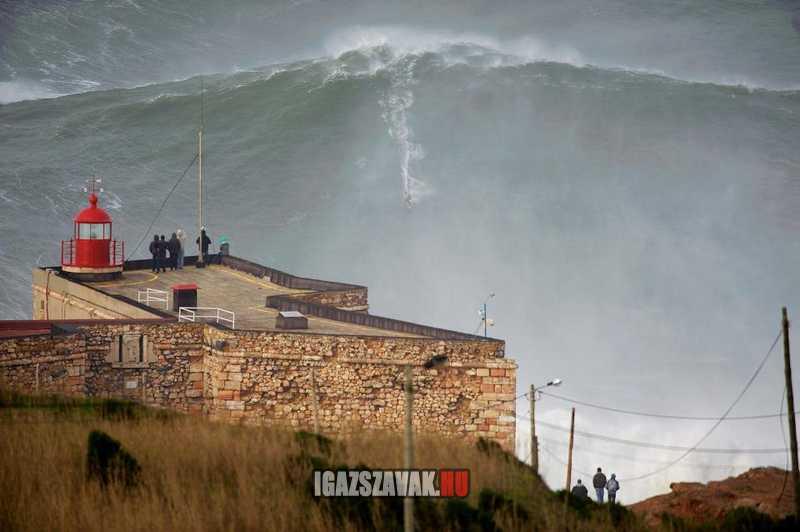 2013 világrekord a legnagyobb hullám portugáliában