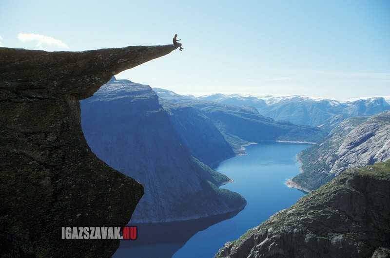 Eközben Norvégiában