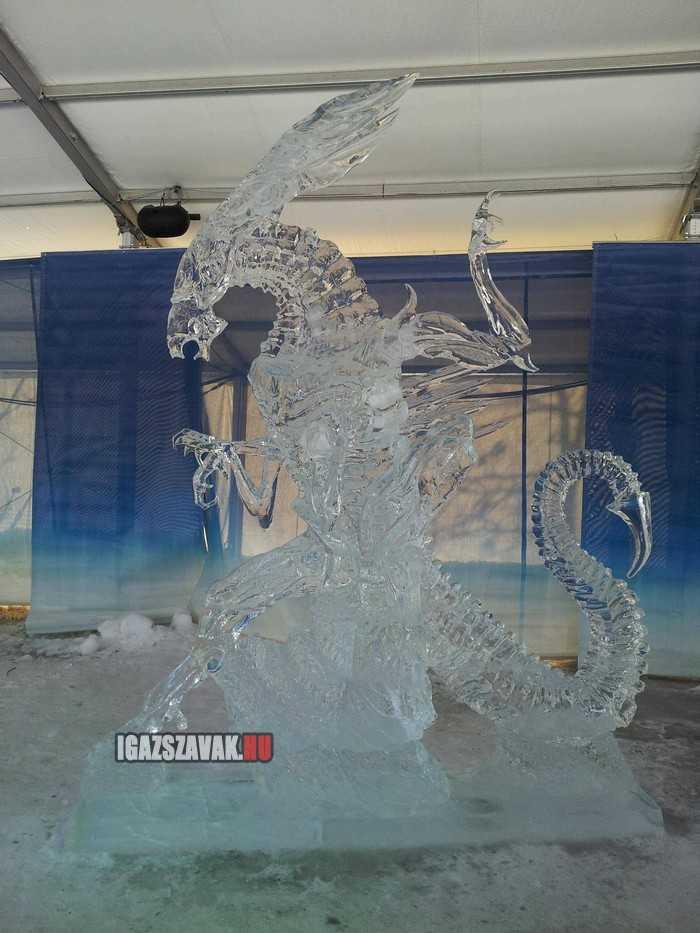 a jégszobrok támadása