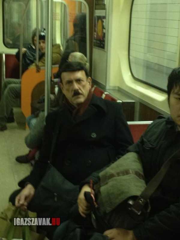 ép a metrón utaztam amikor hirtelen