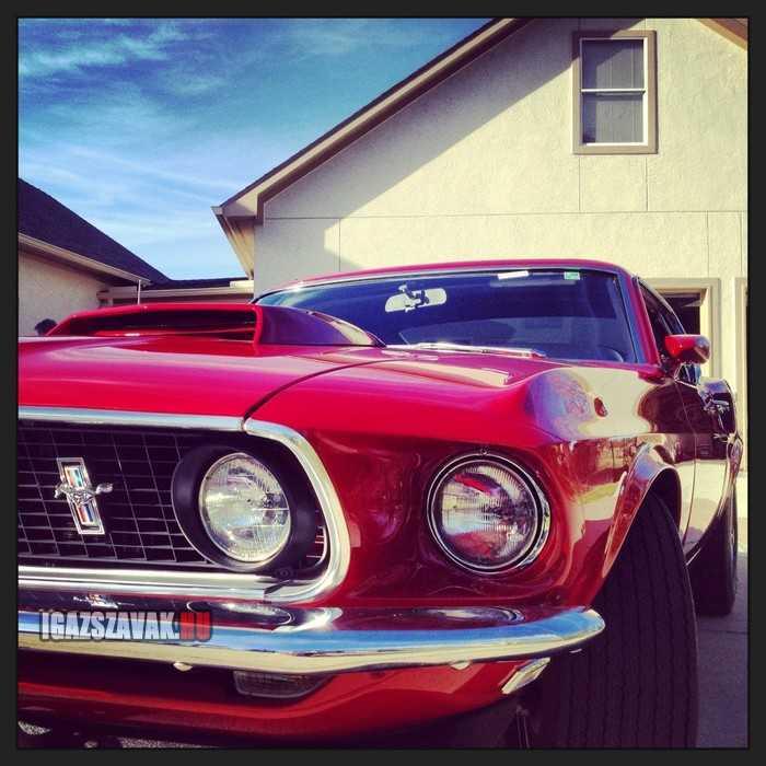 1969 Ford Mustang 429. A mai napig a legnagyobb motorblokk, és még ma is lenyügöző