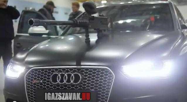 2013 Audi RS 4 Avant Panitball harc
