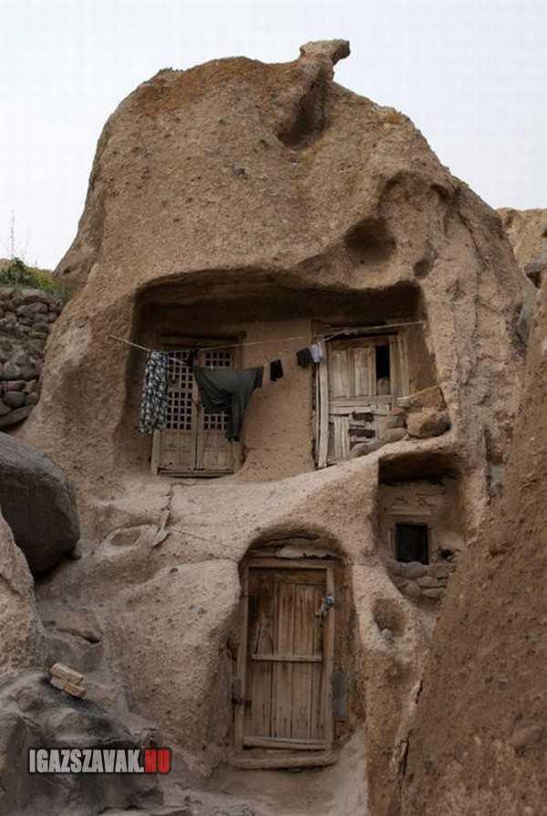 700 éves ház Iranban