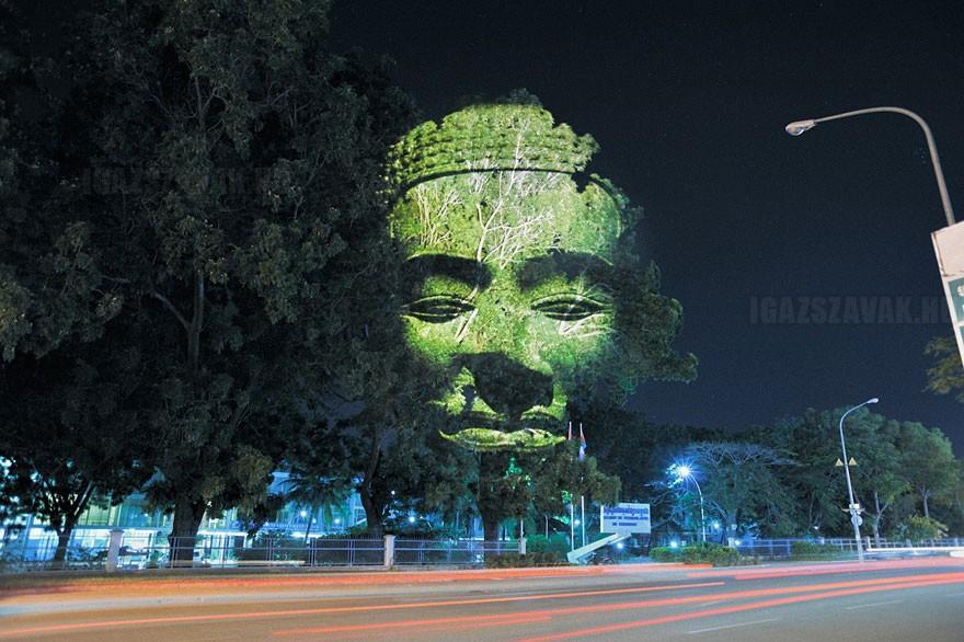 3D alkotások a fákon