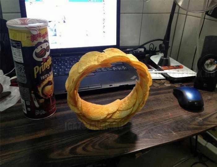 Ez történik, ha egy mérnök kezébe adsz egy doboz Pringles-t