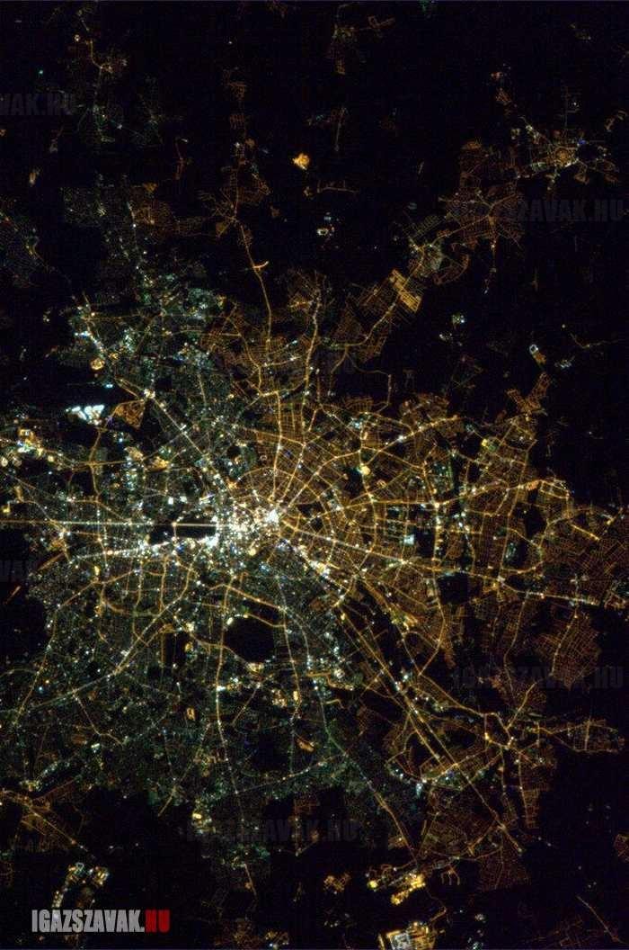 a nap képe berlin az űrből