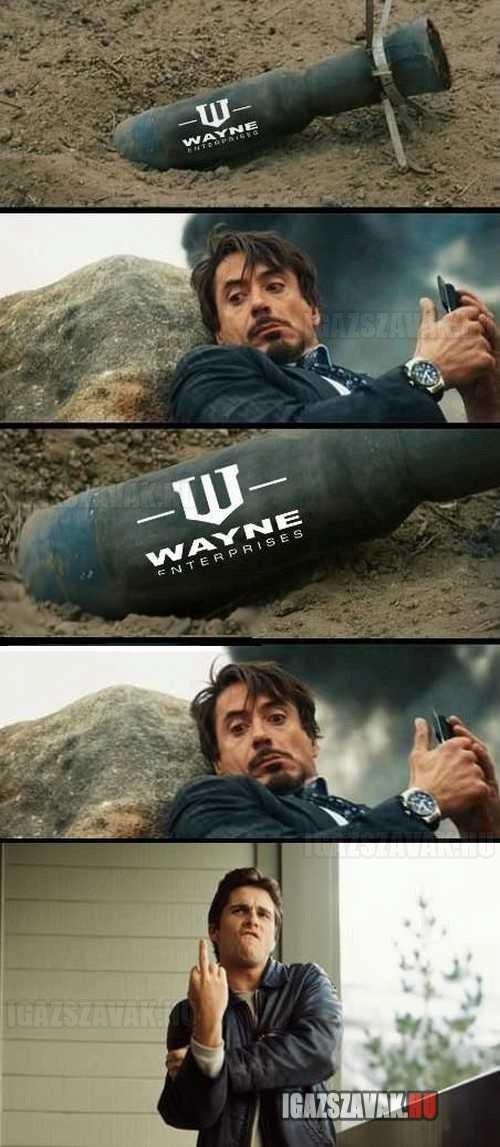 Bruce Wayne trollkodik Tony Stark-kal