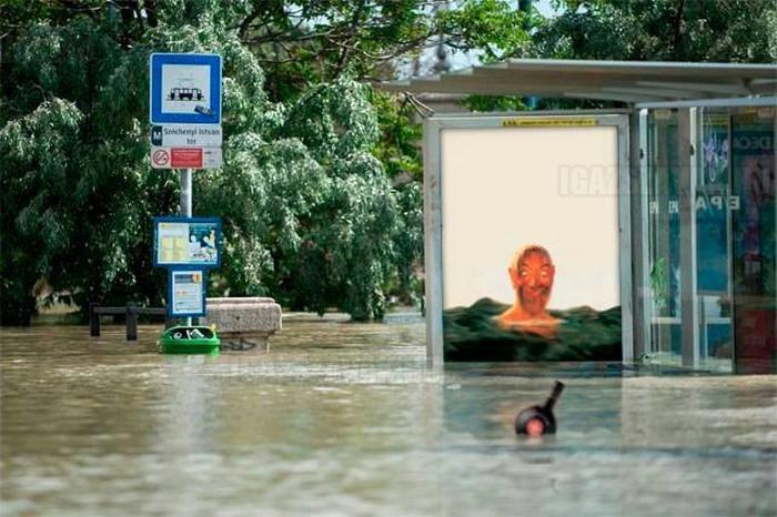 Unicum árvíz idején is