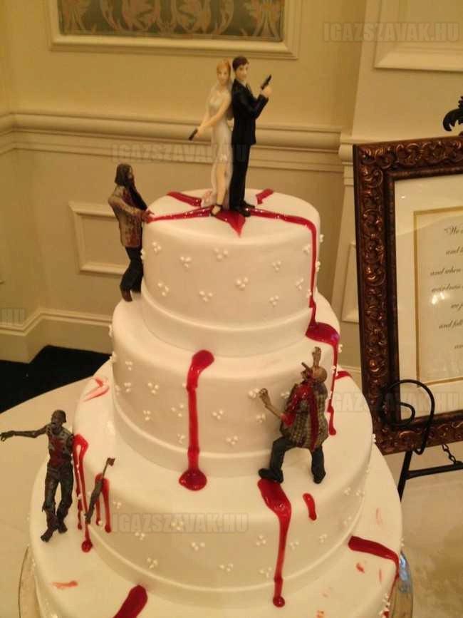 na ez eskűvői torta, szerintemmindenki ilyenre vágyik