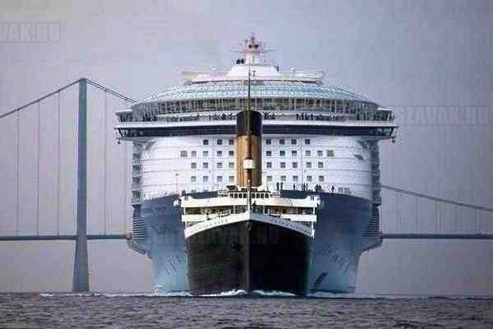 Titanic vs Allure of the Seas luxushajó
