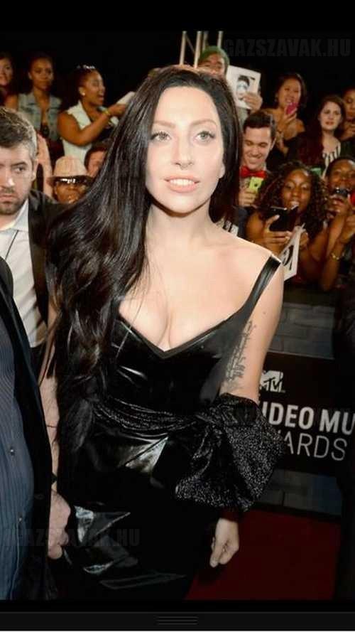 alig tudtuk elhinni a látottakat.Így nézett ki Lady Gaga az MTV díjátadón