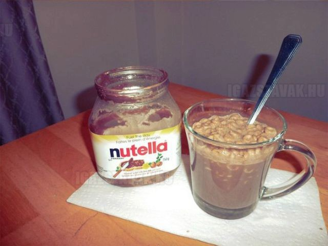 how_to_get_the_last_bits_of_nutella_out_of_the_jar_640_07