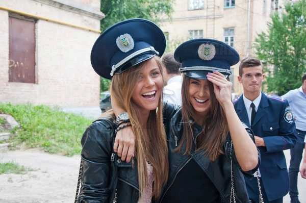 ki mondta azt, hogy az oroszok sohasem mosolyognak