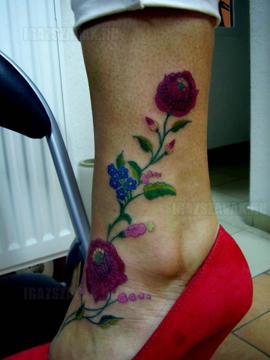 Lányok, bevállalnátok egy ilyen tetoválást