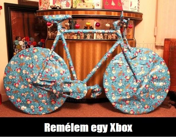 Karácsonyi ajándék, vajon mi lehet benne