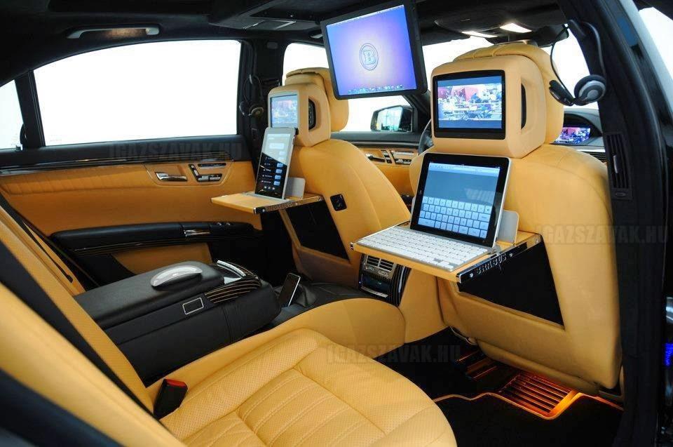 Luxus személyautó kőgazdag üzletembereknek