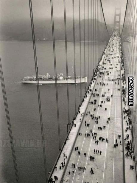 Forgalom a Golden Gate híd 1937-ben.