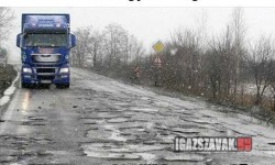 Magyar utak a földrengés után