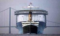 Titanic vs Allure of the Seas luxushajó