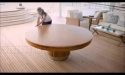 Egy mozdulattal kinyitható asztal